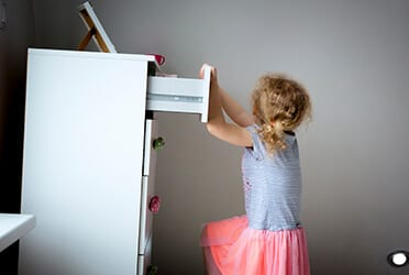 Précon Quality Services - Opslag meubels – Risico's Identificeren en Beheersen